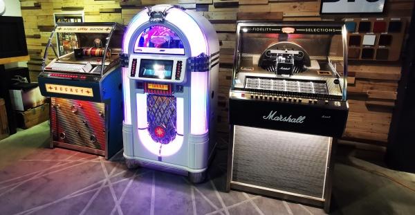 jukeboxes machines